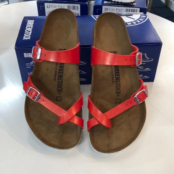 25657ca3f742 Birkenstock sandal. Boutique. Birkenstock. M 5cace94179df279417013892.  M 5cace951248f7a7047a407bb. M 5cace94179df279417013892   M 5cace951248f7a7047a407bb